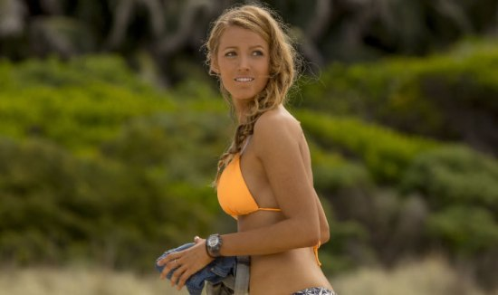 blake-lively-watch-in-the-shallows-movie-1