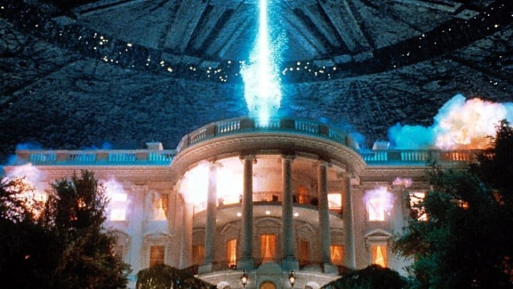 primary_independence-day-white-house-explode