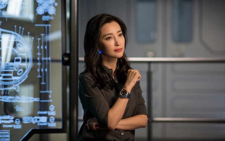 wallpapersden.com_li-bingbing-in-the-meg-movie-2018_1440x900